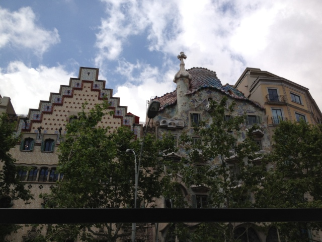 Casa Batllo from bus