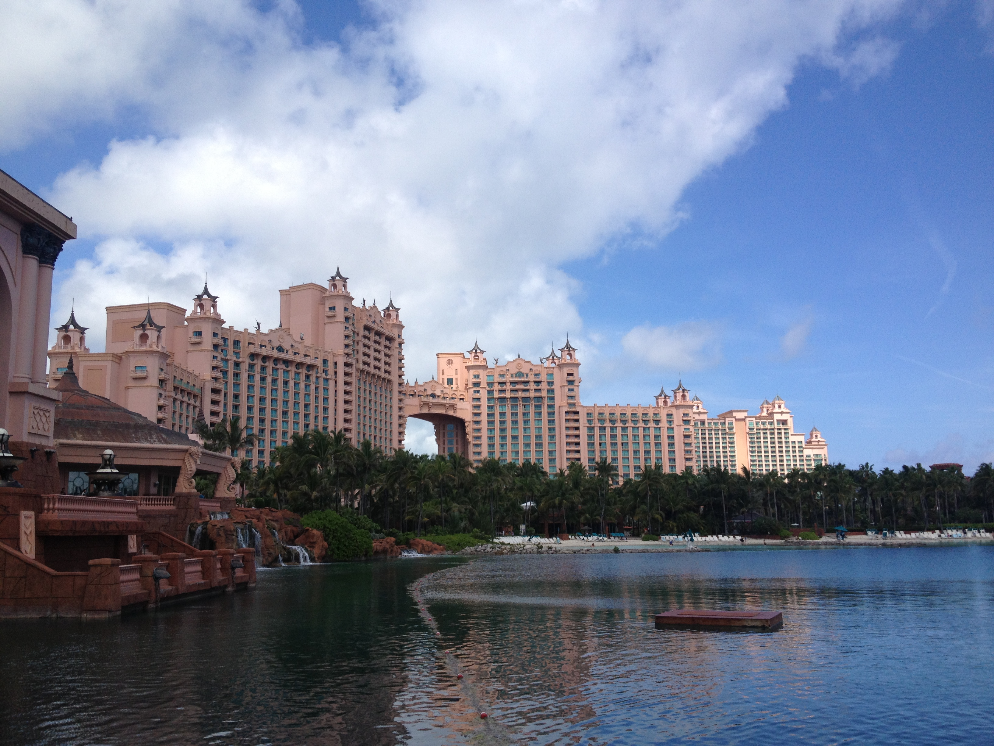 Atlantis Resort Nassau Bahamas 171 5 Wheels To 5 Star