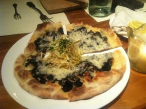 J&G Grill, Truffle Pizza