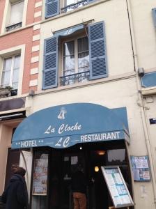 La Cloche Hotel & Restaurant